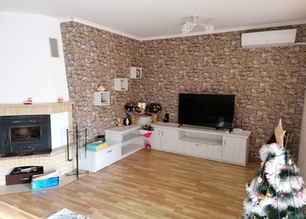 Sunny  1 bedroom apartment in complex near the center of Bansko